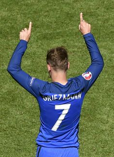 France's forward Antoine Griezmann celebrates after the Euro 2016 round of 16 football match between France and Republic of Ireland at the Parc Olympique Lyonnais stadium in Décines-Charpieu, near Lyon, on June 26, 2016..France won the match 2-1. / AFP / JEAN-PHILIPPE KSIAZEK