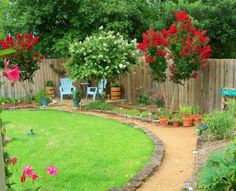 First steps to backyard makeover, I have a square backyard surrounded by typical fencing. I added a flagstone patio for the dining table. Small Backyard Landscaping, Landscaping With Rocks, Landscaping Ideas, Backyard Ideas, Backyard Plan, Coastal Landscaping, Rock Pathway, Pathway Ideas, Stone Walkway