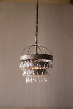 PENDANT LAMP WITH LAYERED SHADE AND GEMS DETAIL