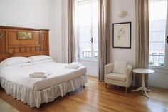 Milan Italianway Apartments - San Barnaba Italy, Europe Set in a prime location of Milan, Italianway Apartments - San Barnaba puts everything the city has to offer just outside your doorstep. Both business travelers and tourists can enjoy the hotel's facilities and services. Elevator, pets allowed are on the list of things guests can enjoy. All rooms are designed and decorated to make guests feel right at home, and some rooms come with internet access – wireless (complimentary...