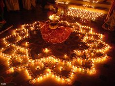 Diwali - Hindu Festival of Lights, occurs between the months of October and November in India. This looks so majestic and aw-striking, I would love to go!