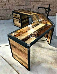Reclaimed Wood Desk, Wooden Pallet Furniture, Steel Furniture, Wooden Pallets, Pallet Wood, Pallet Furniture Blueprints, Diy Wood Desk, Wood Shelf, Wooden Desk
