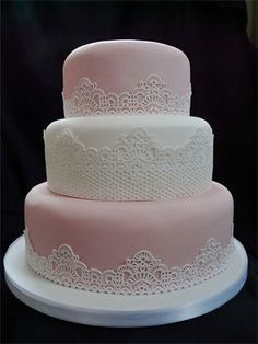 Vintage Style Wedding Cake with Edible Lace Detail