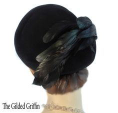 ~Vintage 1938 iridescent coq feathered hat. Fur felt. Jet beaded trim. Dated not only due to silhouette, but also label research and beading.~