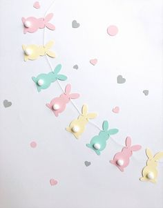 Easter Garland, Easter Bunny Decorations, Birthday Garland, Easter Banner, Bunny Party, Easter Party, Easter Crafts, Crafts For Kids, Bunny Crafts