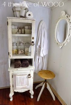 4 the love of wood: PHARMACY CABINET - shabby chic build with an old window