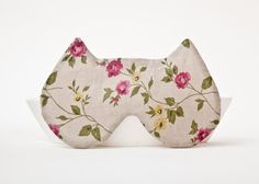Really need one, so may as well be cute. ;) //Sleep Mask Cat, Floral pattern