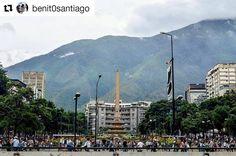 Foto de @benit0santiago  Plaza Francia - Altamira.  #caracas #ccs_vzla #ccs #altamira #venezuela