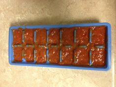 When I only use part of my Newmans Owne fire roasted tomato & garlic sauce, I freeze the rest! After i freeze it i dump it into a labeled freezer bag. This way I can use a small amt if needed. 9x13 Baking Pan, Baking Pans, Freezing Tomatoes, Burgers And More, Kinds Of Fruits, Fire Roasted Tomatoes, Ice Cube Trays, Garlic Sauce, Stick Of Butter