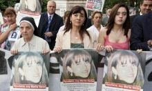 Do Mexican Cartels Control Sex Trafficking in Argentina?    Aware of the considerable profits to be made from this industry, the Zetas have expanded their operations to include human trafficking. Mexico's Attorney General's Office (PGR) has stated that the Zetas(Mexican Drug Gang) control numerous prostitution rings in Mexico.