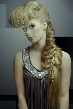 Large image of long blonde straight hairstyles provided by Senscience. Picture Number 12212