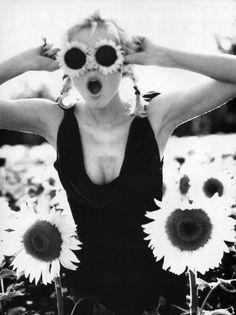 """It's That Girl Again """" """"Bellisima"""", Vogue Italia, September 1995 Photographer : Ellen von Unwerth Model : Eva Herzigova """" Ellen Von Unwerth, Magazine Mode, Vogue Magazine, Vanity Fair, Pin Up, Eva Herzigova, Become A Photographer, Famous Photographers, Vintage Vogue"""