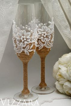 Шампанское флейты Деревенские свадьбы серверы Свадебный торт набор Rustic #Champagneflute #Rusticwedding #Weddingcakeserversset #Rusticvintagewedding #Personalizedcakeserver #Rusticweddingglasses