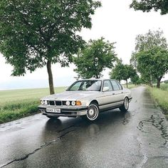 Just shy of 30 this #BMW is a classic. @sportfahrer #BMWrepost