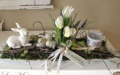 Easter decoration - long wooden tray * Easter arrangement * Easter bunny - a unique product by KRANZundCo on DaWanda Hoppy Easter, Easter Bunny, Deco Floral, Easter Table, Easter Wreaths, Spring Crafts, Easter Crafts, Easter Decor, Flower Arrangements