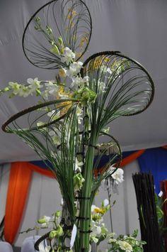 Flower arrangement floria 2011-21 - Flower school Exbition | Solomon bloemen Bespoke Floral Designs