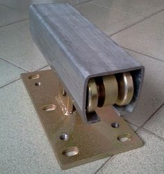 gate channel for cantilever gate roller and sliding gate roller