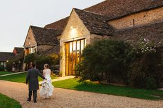 Kate & James at the Great Tythe Barn, Tetbury by Lisa Dawn Photography