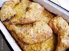 Pulpe marinate în sos de iaurt Romanian Food, Cordon Bleu, Carne, Pork, Foods, Drink, Meat, Chicken, Cooking