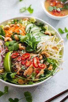 Paleo Recipes, Asian Recipes, Dinner Recipes, Cooking Recipes, Ethnic Recipes, Healthy Vietnamese Recipes, Juice Recipes, Vietnamese Chicken Salad, Vietnamese Food