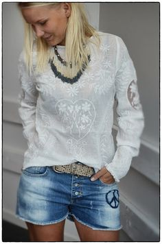 Blouse from Culture, with absolutely gorgeous embroidery and details - including buttoning and heart on the back.