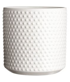 White. Large plant pot in texture-patterned stoneware. Height 5 in., diameter 5 in.
