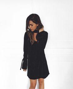 new in.  vestido de veludo molhado no site !! #crieiusei #dreammakeithappen #carolfarina shopcarolfarina.com.br/