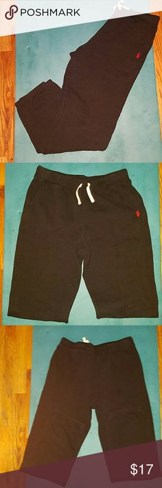Boys Black Ralph Lauren Polo Sweatpants Size XL These are practically brand new boys Ralph Lauren Polo Sweatpants Size XL  (18-20) worn twice. The pants have the red Polo horse on the left leg & they include a drawstring in the waist. Ralph Lauren Bottoms Sweatpants & Joggers