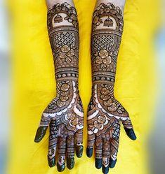 @creative_mehendi_design posted on their Instagram profile • 39.7k people follow them. Arabic Bridal Mehndi Designs, Rajasthani Mehndi Designs, Khafif Mehndi Design, Indian Henna Designs, Engagement Mehndi Designs, Stylish Mehndi Designs, Full Hand Mehndi Designs, Mehndi Designs 2018, Mehndi Design Photos