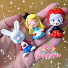 Alice in Wonderland Polymer clay Polymer Clay Figures, Fondant Figures, Polymer Clay Projects, Handmade Polymer Clay, Disney Clay Charms, Cute Clay, Alice In Wonderland Party, Clay Ornaments, Disney Diy