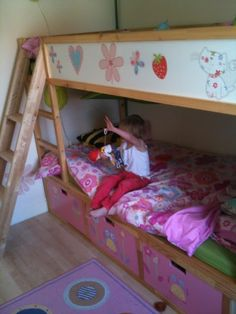 Fairy princess treehouse: KURA Bunk Beds with STUVA storage ~ Get Home Decorating -- really cute bed splicing together two used IKEA beds, storage drawers, and deco stickers -- plus a scap wood ladder. Bunk Beds With Storage, Cool Bunk Beds, Bed Storage, Storage Benches, Drawer Storage, Extra Storage, Toddler Bunk Beds, Kid Beds, Boy Room