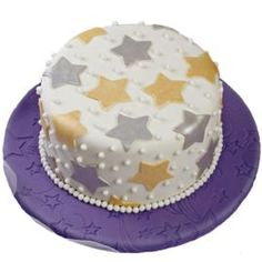 Get Star Struck Cake- Make for New Year's or change colors for July 4th