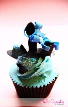 Bella Cupcakes I know my good friend, Tiffany Bryant, and my Mother, Margaret Walker, would LOVE these.