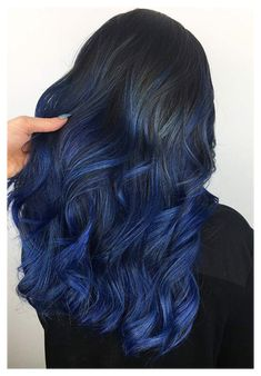 Dyed Tips, Hair Dye Tips, Dye My Hair, Blue Tips Hair, Dye For Dark Hair, Cool Hair Dyed, Kylie Blue Hair, Hair Color Tips, Cute Hair Colors
