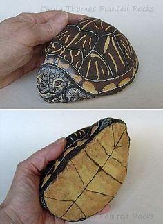 Turtle Painting, Pebble Painting, Pebble Art, Stone Painting, Turtle Painted Rocks, Painted Rock Animals, Hand Painted Rocks, Painted Stones, Rock Painting Ideas Easy