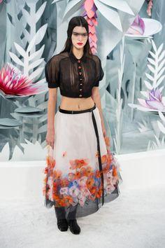 Kendall Jenner modela atrevidos diseños Chanel - Yahoo Celebridades México