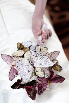 like the idea of the paper #butterflies bouquet