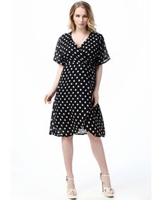 Women Plus Size Dress Summer Fashion New Dot Print Wasit Bodycon Dress Casual Short Sleeve Knee Length V Neck Womens Dresses 7XL -- Click image to review more details.