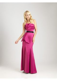 Satin Strapless Neckline Neckline With A Fit And Flare Silhouette Wedding Bridesmaid Dresses