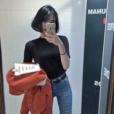 Discovered by Find images and videos about boy, girls and korean on We Heart It - the app to get lost in what you love. Fashion 2017, Teen Fashion, Fashion Models, Korean Summer, Ootds, Korean Outfits, School Fashion, Grunge Fashion, Korean Style