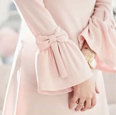 Pink bows on sleeves Abaya Fashion, Muslim Fashion, Fashion Dresses, Kurti Sleeves Design, Sleeves Designs For Dresses, Estilo Abaya, Abaya Mode, Hijab Stile, Hijab Style Dress