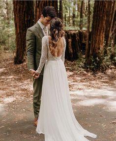 Long sleeves I  Melanie by FLORA I vintage Lace wedding romantic wedding dress I elegant wedding dress I Flora I Flora bridal I real brides I gown |
