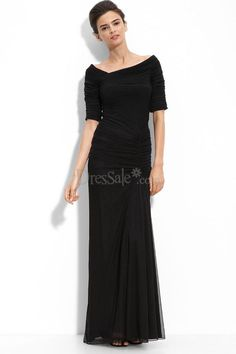 Black Mother of the Bride Dress in Sheath Silhouette