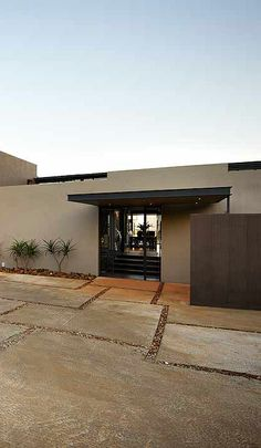 House Del | Clean-lined geometric facade | Nico van der Meulen Architects #Architecture #Contemporary #Residence