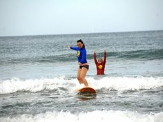Fornecemos duas horas de aula com instrutor bilíngue, mais duas horas de Surf nas praias da Prainha ou de Grumari (depende das condições do mar) com todo o equipamento incluso: prancha, roupa de lycra ou borracha e strep. http://www.nattrip.com.br/site/pt/surf-and-hike-tour.html