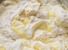 Prajitura cu iaurt si capsuni - Desert De Casa - Maria Popa Pies, The Sea