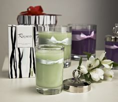 Extraordinary Scented Candle from one of the oldest perfumeries in the world - Bougie Jasmin, Rigaud Paris. Luxurious and elegant.
