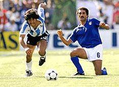 Argentina v Italy Maradona Gentile World Football, Soccer World, Kids Soccer, Football Soccer, Diego Armando, Good Soccer Players, Football Pictures, Sports Stars, World Cup