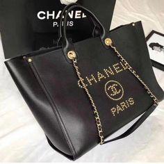 LUXURY BAG #Chanelhandbags Burberry Handbags, Chanel Handbags, Leather Handbags, Vuitton Bag, Louis Vuitton Handbags, Cheap Designer Bags, Designer Handbags, Designer Purses, Sacs Design