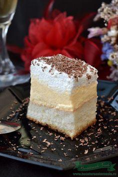 Prajitura Lapte de Pasare Romanian Desserts, Romanian Food, Delicious Desserts, Yummy Food, Vanilla Cake, Nom Nom, Sweet Treats, Cheesecake, Food And Drink